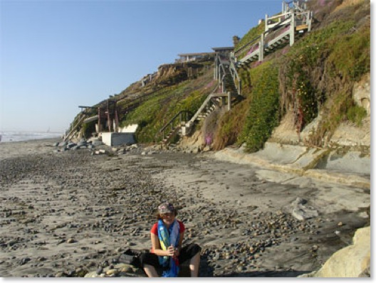 Perla Thomas South of Grandview Beach, Encinitas April 2007<br />