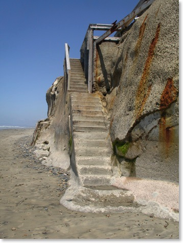 Encinitas Beach Stairs between Beacons Beach and Grandview Beach, Encinitas