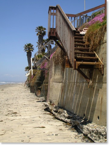 Encinitas Beach Stairs between Beacons Beach and Grandview Beach, Encinitas_Photo Kyle Thomas